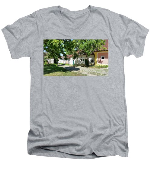 Kellergasse Men's V-Neck T-Shirt