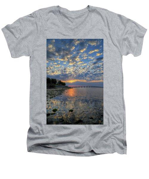 Kennedy Park Sunrise Men's V-Neck T-Shirt