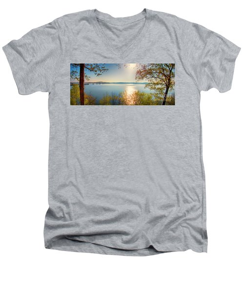 Men's V-Neck T-Shirt featuring the photograph Kentucky Lake by Ricky L Jones