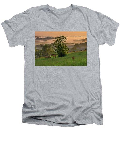 Kentucky Morning Sunshine. Men's V-Neck T-Shirt