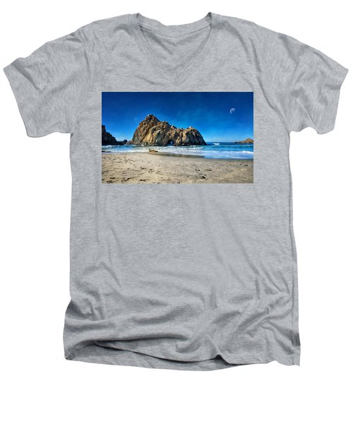Men's V-Neck T-Shirt featuring the photograph Keyhole Rock At Pheiffer Beach #14 - Big Sur, Ca by Jennifer Rondinelli Reilly - Fine Art Photography
