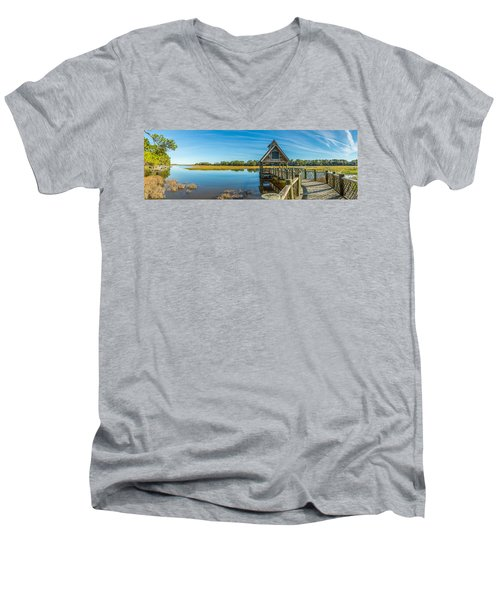 Kiawah Island Boathouse Panoramic Men's V-Neck T-Shirt