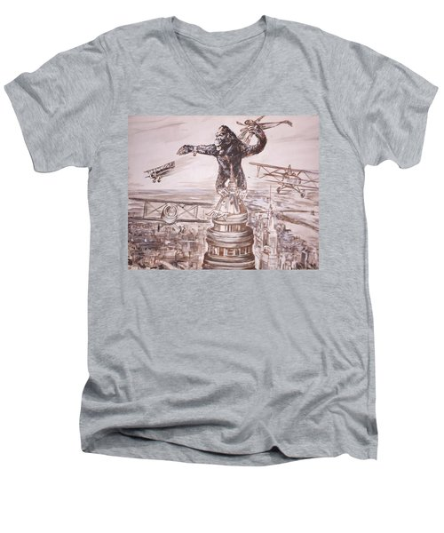 King Kong - Atop The Empire State Building Men's V-Neck T-Shirt