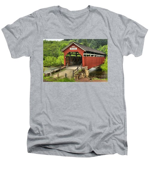 Kings Covered Bridge Somerset Pa Men's V-Neck T-Shirt