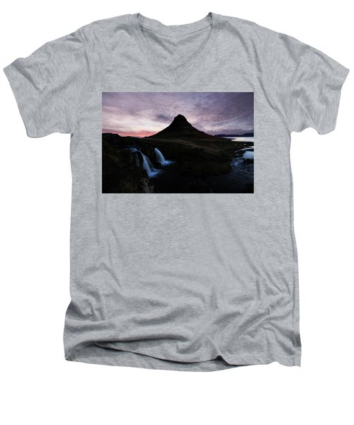 Kirkjufell Mountain Men's V-Neck T-Shirt