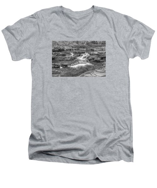 Kitchen Creek Bw - 8902-3 Men's V-Neck T-Shirt