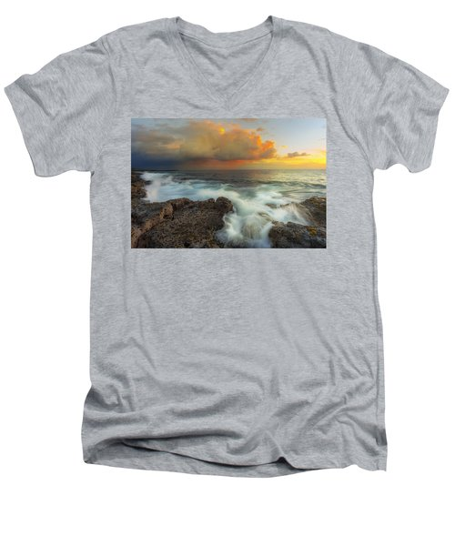Men's V-Neck T-Shirt featuring the photograph Kona Rush Hour by Ryan Manuel