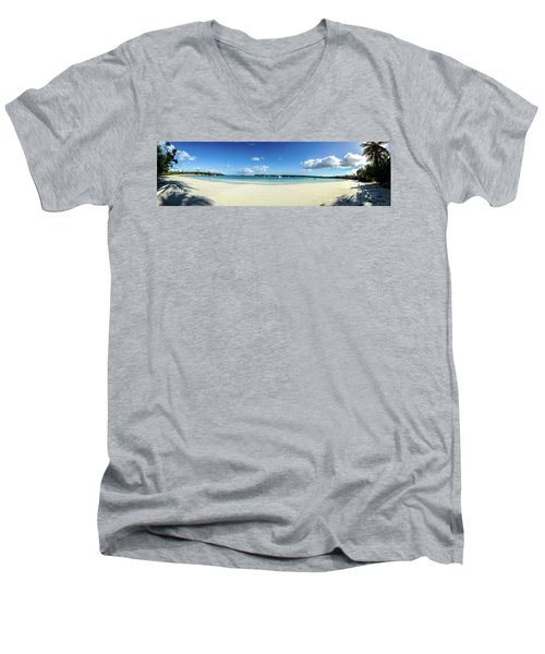 Kuto Bay Morning Pano Men's V-Neck T-Shirt