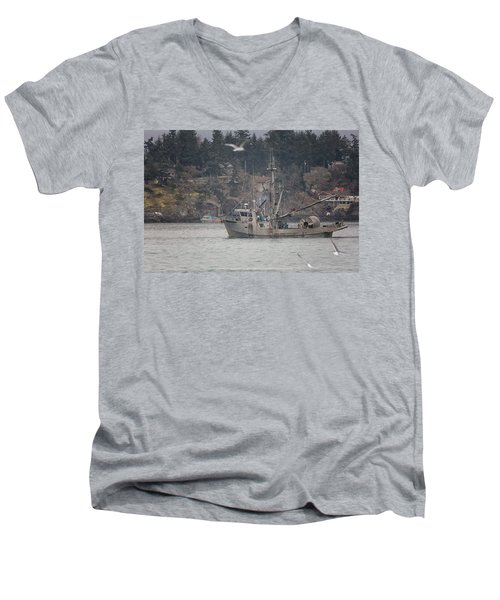Men's V-Neck T-Shirt featuring the photograph Kwiaahwah by Randy Hall