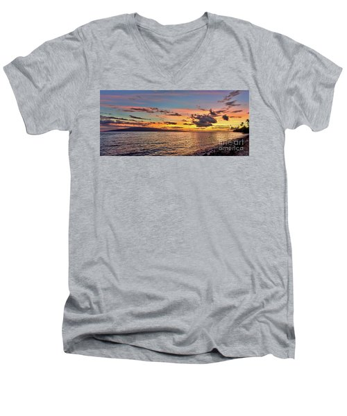 Lahaina Sunset Panorama Men's V-Neck T-Shirt