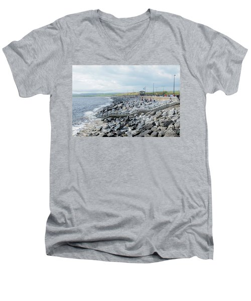 Lahinch Men's V-Neck T-Shirt