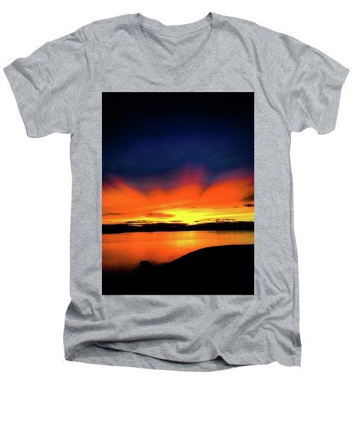 Lake Havasu Sunset Men's V-Neck T-Shirt