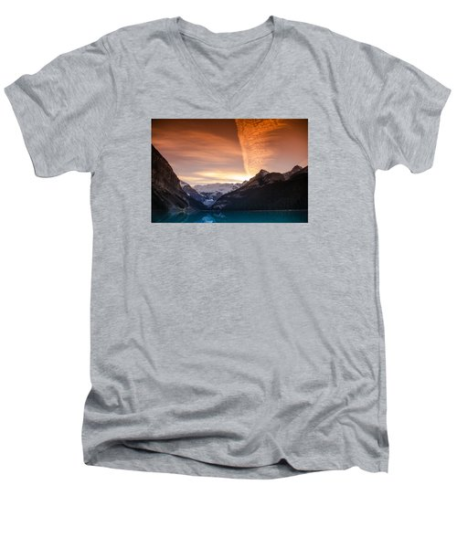 Lake Louise Sunset Men's V-Neck T-Shirt