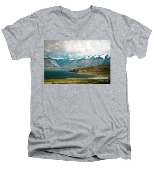 Lake Manasarovar Kailas Yantra.lv Tibet Men's V-Neck T-Shirt
