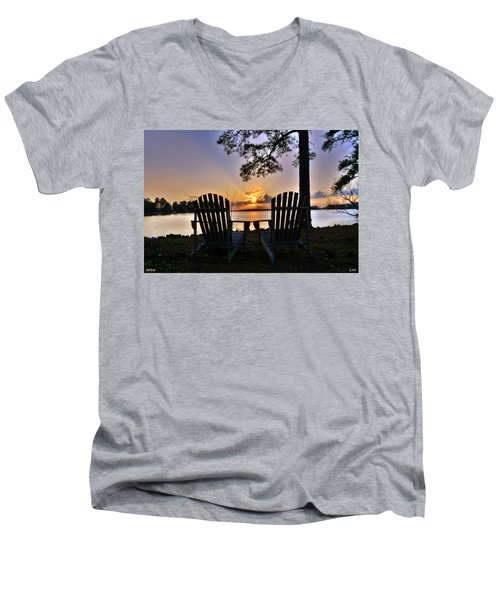 Lake Murray Relaxation Men's V-Neck T-Shirt