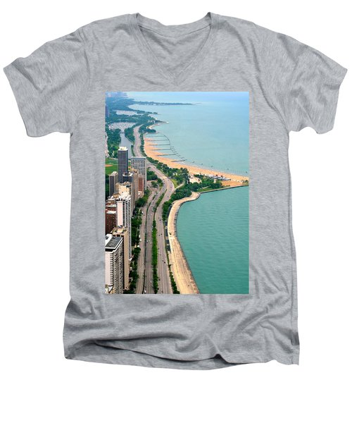 Lake Shore Dr . Chicago Men's V-Neck T-Shirt
