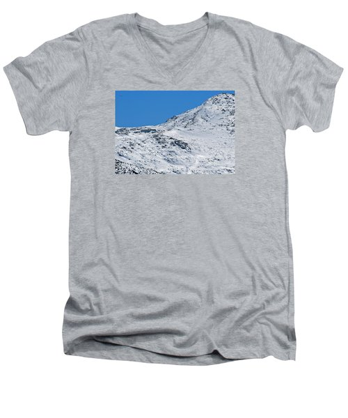 Lakes Of The Clouds Hut And Mount Monroe Men's V-Neck T-Shirt