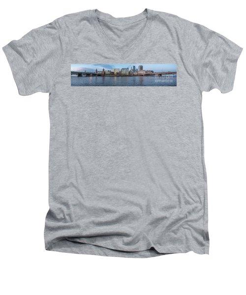 Large Panorama Of Downtown London Betwen The London Bridge And T Men's V-Neck T-Shirt
