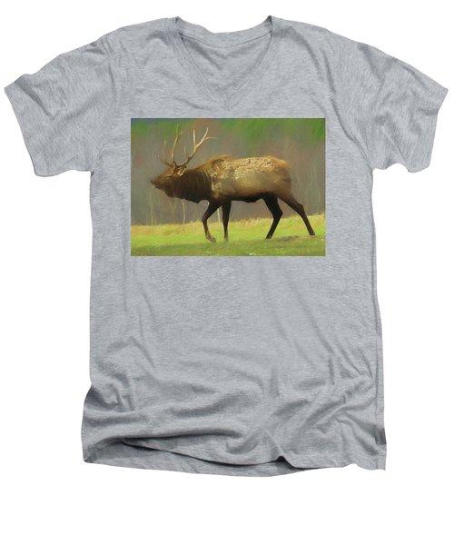Large Pennsylvania Bull Elk. Men's V-Neck T-Shirt