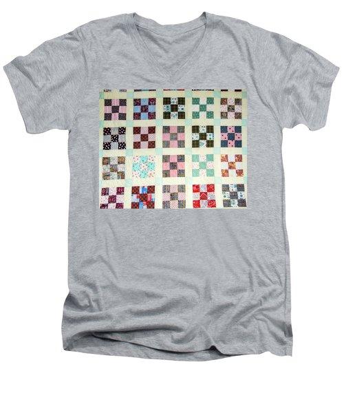 Large Quilt Men's V-Neck T-Shirt