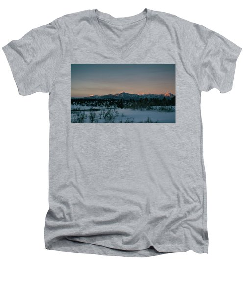 Last Light On Pagosa Peak Men's V-Neck T-Shirt by Jason Coward