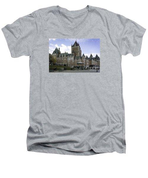 Le Chateau Men's V-Neck T-Shirt