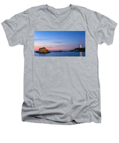 Le Phare De Biarritz Men's V-Neck T-Shirt