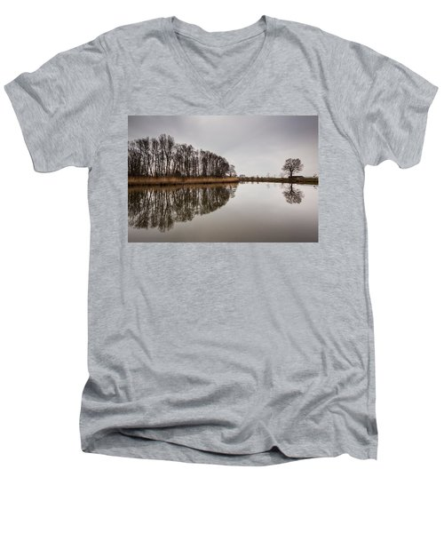 Men's V-Neck T-Shirt featuring the photograph Leader by Davorin Mance