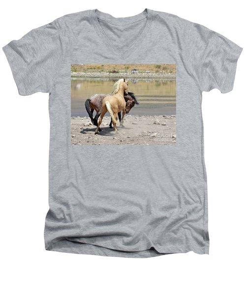 Learning To Fight Men's V-Neck T-Shirt