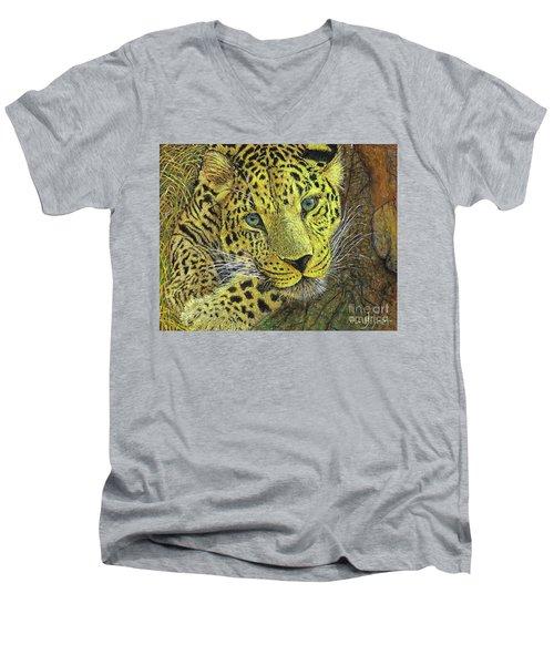 Leopard Gaze Men's V-Neck T-Shirt
