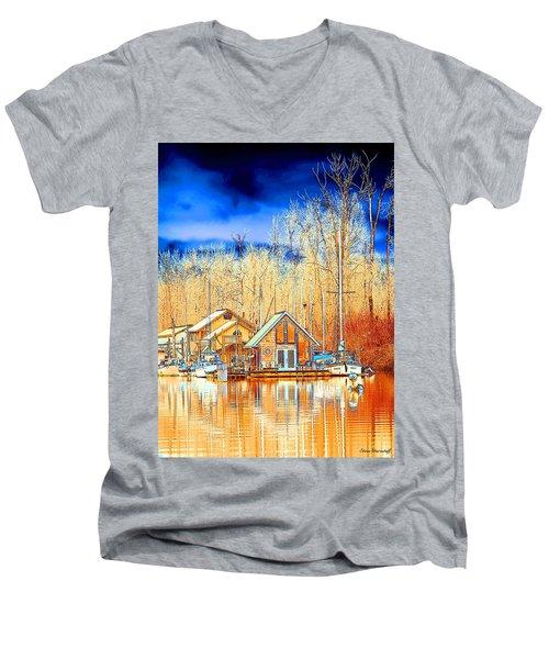 Life On The River Men's V-Neck T-Shirt