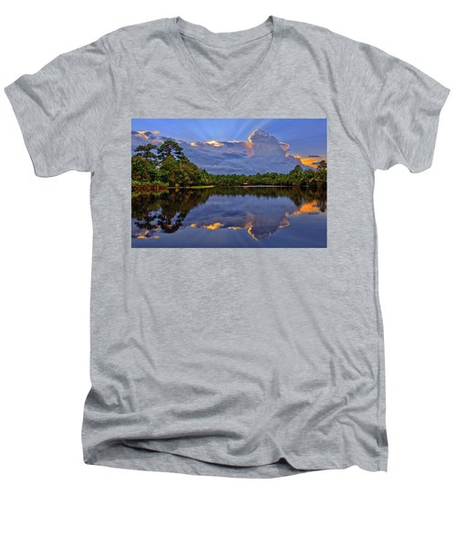 Light Beam Sunset Over Hidden Lake In Jupiter Florida Men's V-Neck T-Shirt