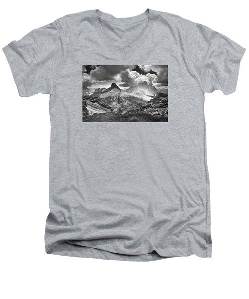 Light On The Valley Men's V-Neck T-Shirt