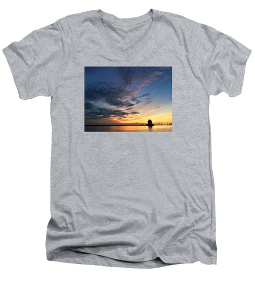 Lighthouse In Lorain Men's V-Neck T-Shirt
