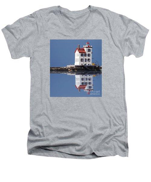 Lighthouse Oils Reflection Men's V-Neck T-Shirt