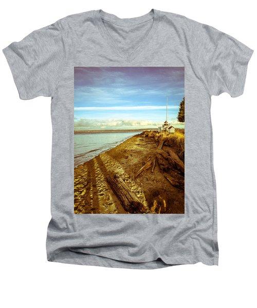 Lighthouse, Point No Point Men's V-Neck T-Shirt