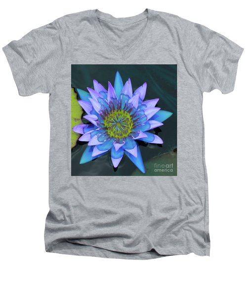 Lilly Watered Down Men's V-Neck T-Shirt
