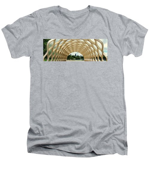 Lincoln Park Zoo Nature Boardwalk Panorama Men's V-Neck T-Shirt