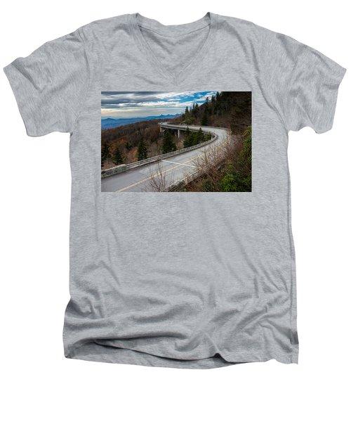 Linn Cove Viaduct Late Fall Men's V-Neck T-Shirt