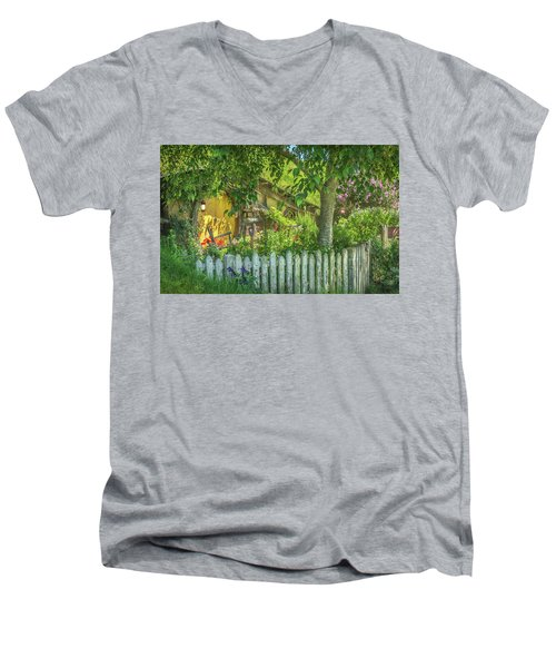 Little Picket Fence Men's V-Neck T-Shirt