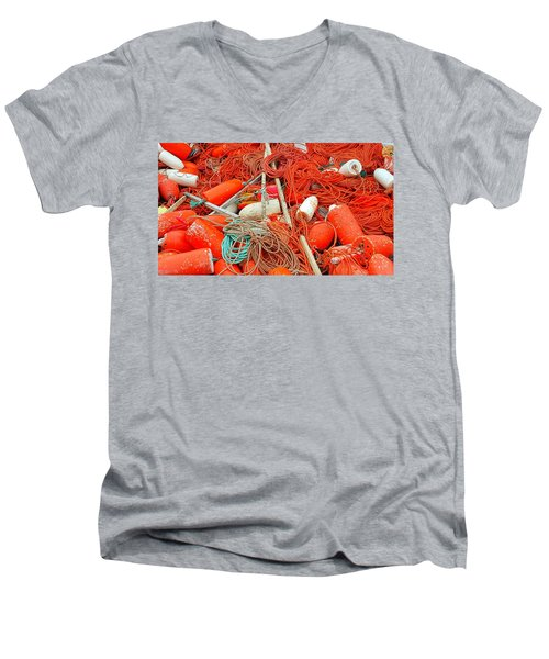 Lobster Season Men's V-Neck T-Shirt