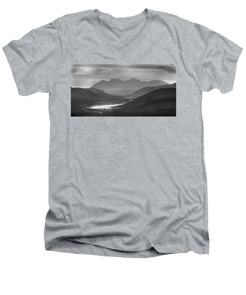 Loch Glascarnoch And An Teallach Men's V-Neck T-Shirt