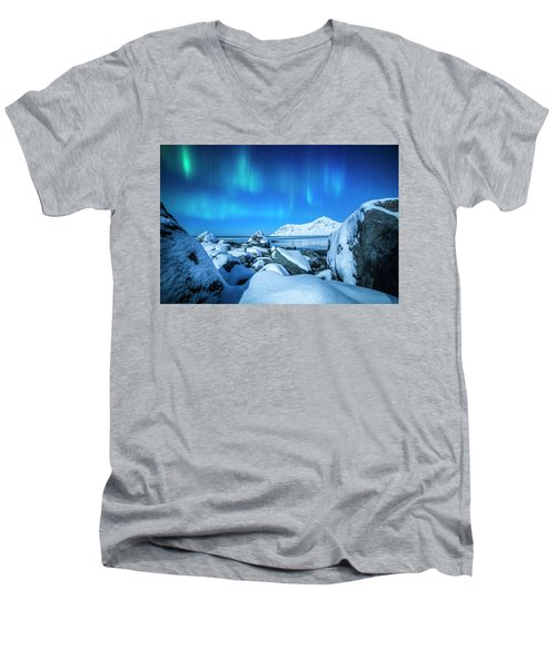Lofoten Aurora Men's V-Neck T-Shirt