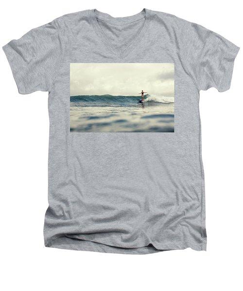 Lola Men's V-Neck T-Shirt