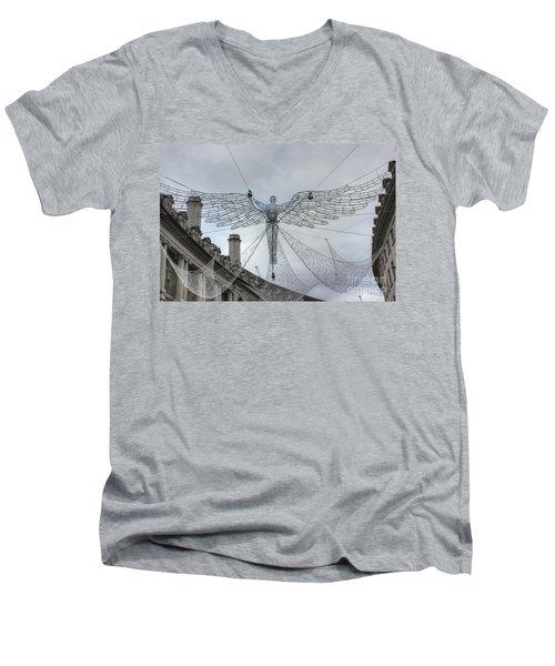 London's Angel Men's V-Neck T-Shirt