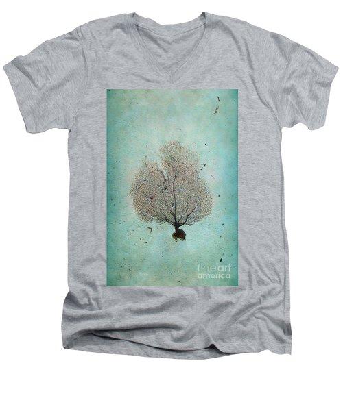 Lone Sea Fan Men's V-Neck T-Shirt