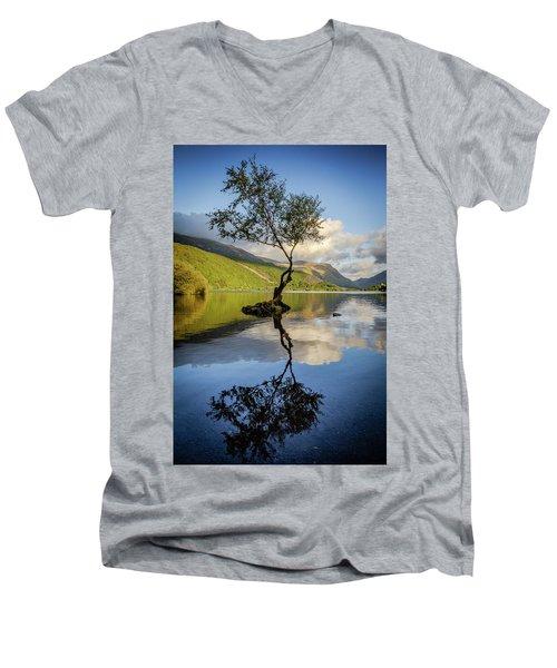 Lone Tree, Llyn Padarn Men's V-Neck T-Shirt