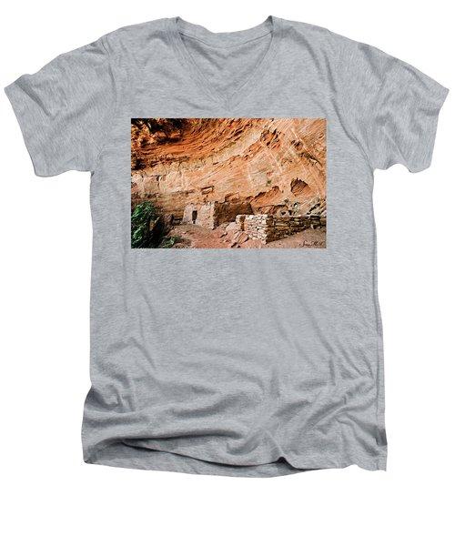 Long Canyon 05-219 Men's V-Neck T-Shirt