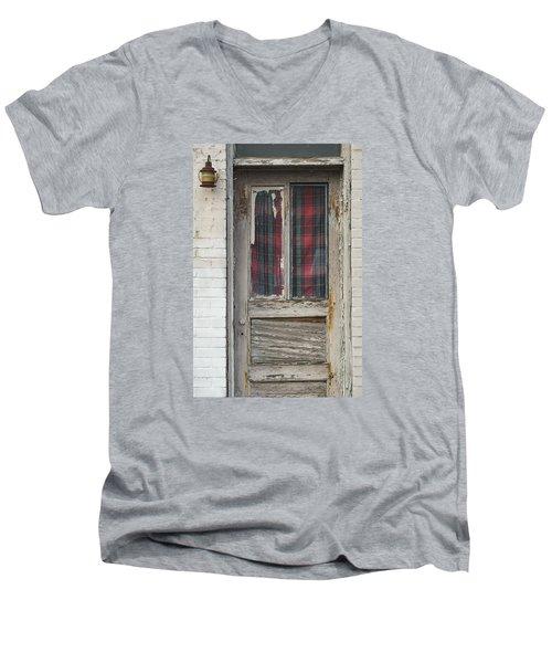 Long Face Men's V-Neck T-Shirt