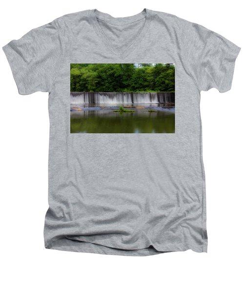 Long Waterfall Men's V-Neck T-Shirt